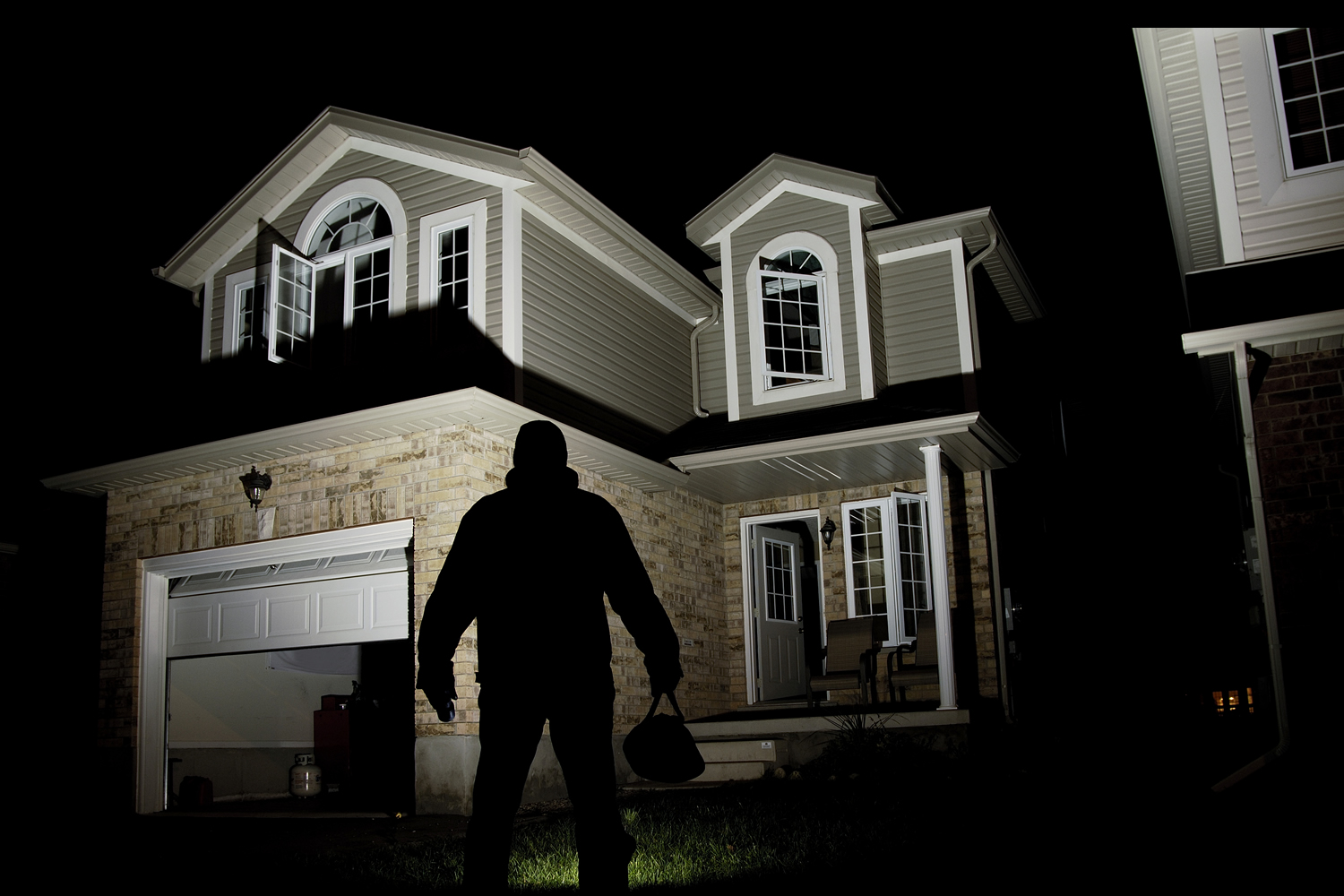 home-security-reviews-help-keep-you-safe